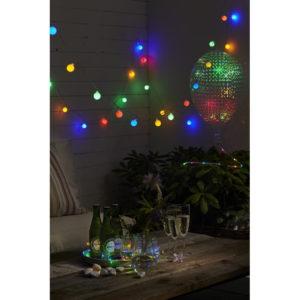Barevný světelný řetěz s 50 žárovkami