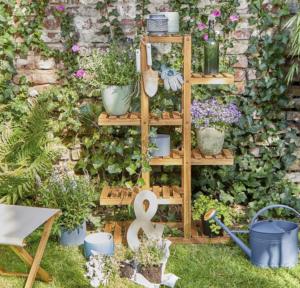 Zahradní regál na bylinky a rostliny